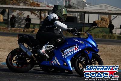 superbikecoach_corneringschool_2019novemeber03_GroupA_16
