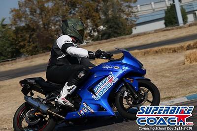 superbikecoach_corneringschool_2019novemeber03_GroupA_26