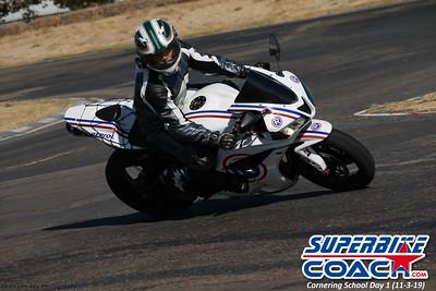 superbikecoach_corneringschool_2019novemeber03_GroupB_25