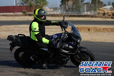 superbikecoach_corneringschool_2019novemeber03_GroupC_20