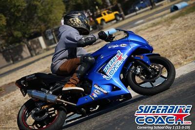 superbikecoach_corneringschool_2019novemeber03_GroupC_1