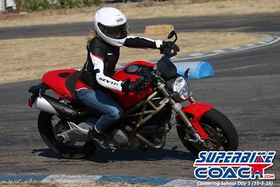 superbikecoach_corneringschool_2019novemeber03_GroupC_27