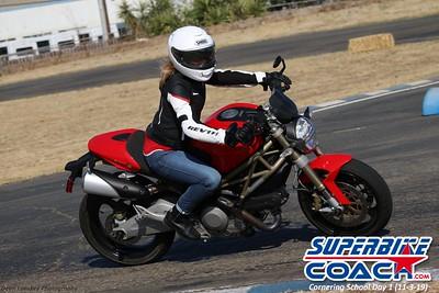 superbikecoach_corneringschool_2019novemeber03_GroupC_7