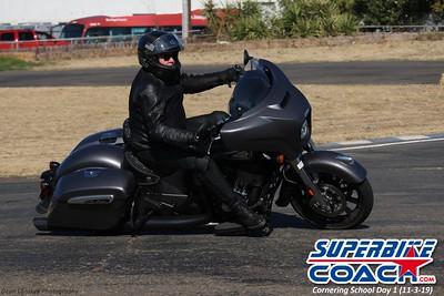 superbikecoach_corneringschool_2019novemeber03_GroupC_9