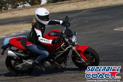 superbikecoach_corneringschool_2019novemeber03_GroupC_8