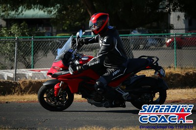 superbikecoach_corneringschool_2017nov5_5