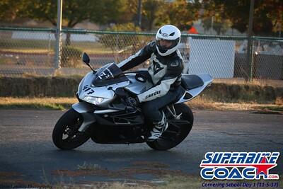 superbikecoach_corneringschool_2017nov5_833