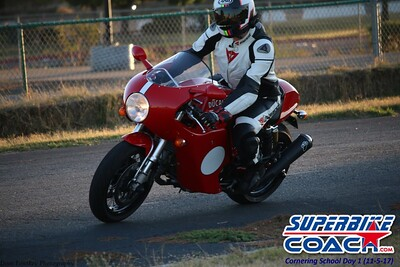 superbikecoach_corneringschool_2017nov5_854