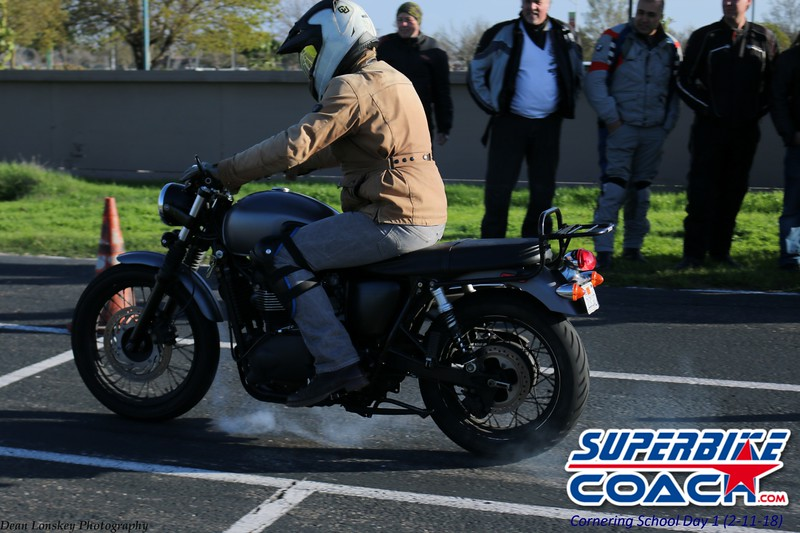 superbikecoach_corneringschool_2018_feb11_42