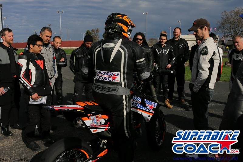 superbikecoach_corneringschool_2018_feb11_32