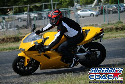 superbikecoach_corneringschool_2018may20_26