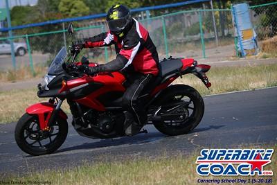 superbikecoach_corneringschool_2018may20_10