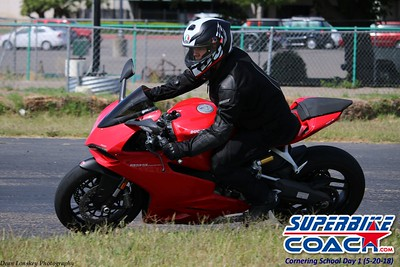 superbikecoach_corneringschool_2018may20_22