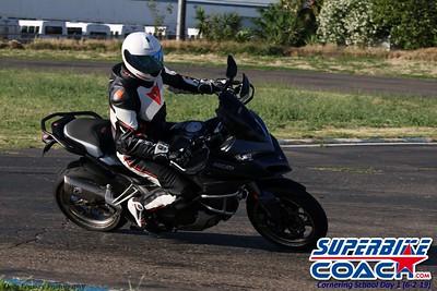 superbikecoach_corneringschool_2019june02_AfterSchool_20