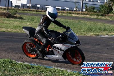 superbikecoach_corneringschool_2019june02_AfterSchool_27