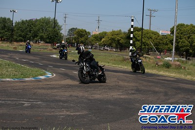 Superbike-coach Turn 11 group