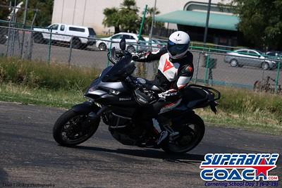 superbikecoach_corneringschool_2019june02_GroupA_17
