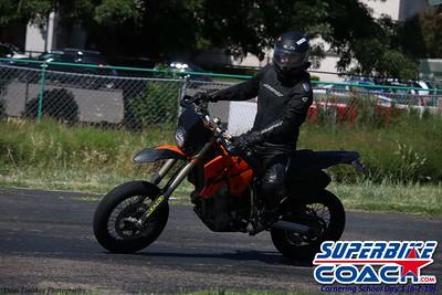superbikecoach_corneringschool_2019june02_GroupA_10