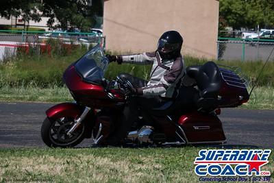 superbikecoach_corneringschool_2019june02_GroupA_6