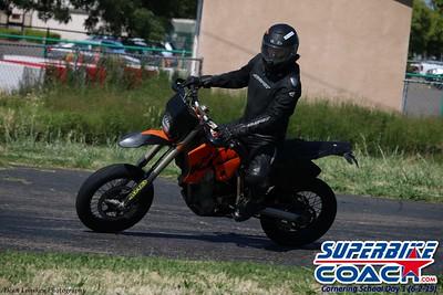 superbikecoach_corneringschool_2019june02_GroupA_26