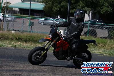 superbikecoach_corneringschool_2019june02_GroupA_11