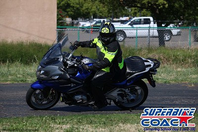 superbikecoach_corneringschool_2019june02_GroupA_4