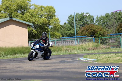 superbikecoach_corneringschool_2019june02_GroupA_RJ_17
