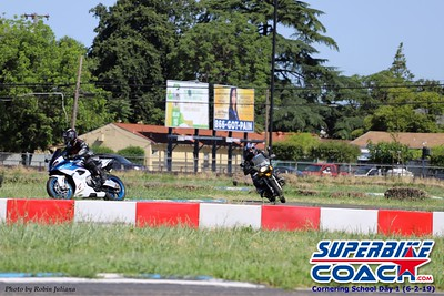 superbikecoach_corneringschool_2019june02_GroupA_RJ_7