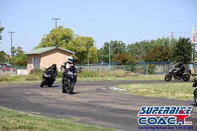 superbikecoach_corneringschool_2019june02_GroupA_RJ_3