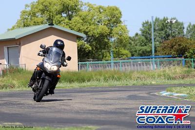 superbikecoach_corneringschool_2019june02_GroupA_RJ_12