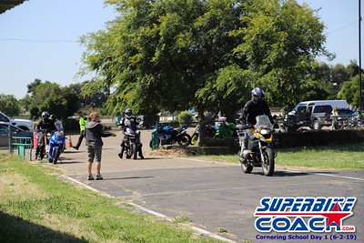 superbikecoach_corneringschool_2019june02_GroupA_RJ_1