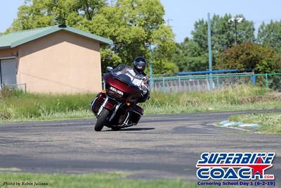 superbikecoach_corneringschool_2019june02_GroupA_RJ_15