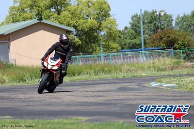 superbikecoach_corneringschool_2019june02_GroupA_RJ_25