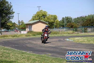 superbikecoach_corneringschool_2019june02_GroupA_RJ_4