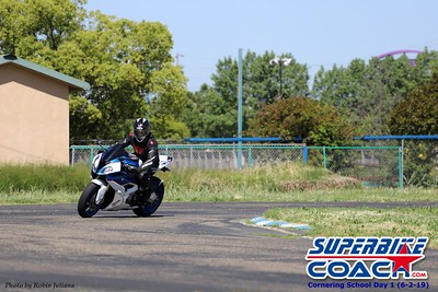 superbikecoach_corneringschool_2019june02_GroupA_RJ_9