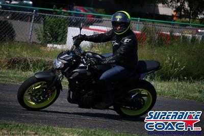 superbikecoach_corneringschool_2019june02_GroupB_2