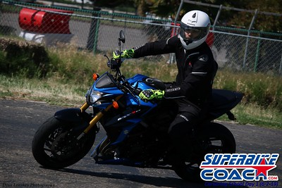 superbikecoach_corneringschool_2019june02_GroupB_28