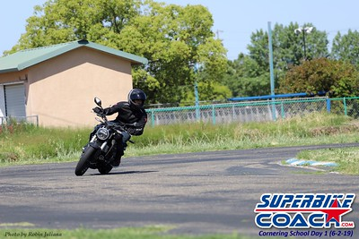 superbikecoach_kneedownclass_2019june02_GroupB_RJ_16