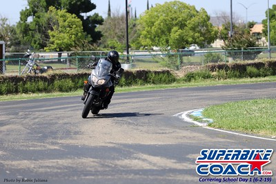 superbikecoach_kneedownclass_2019june02_GroupB_RJ_24