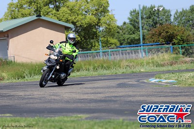 superbikecoach_kneedownclass_2019june02_GroupB_RJ_15