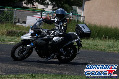superbikecoach_corneringschool_2019june02_GroupC_5