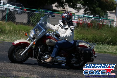 superbikecoach_corneringschool_2019june02_GroupC_10