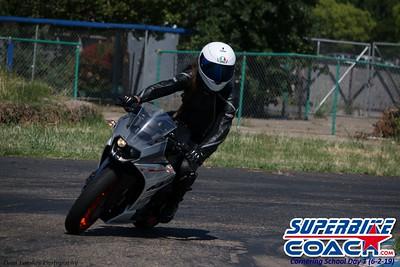 superbikecoach_corneringschool_2019june02_GroupC_27