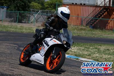 superbikecoach_corneringschool_2019june02_GroupC_18