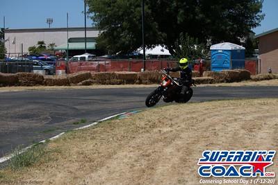 superbikecoach_corneringschool_2020_july12_GroupA_2