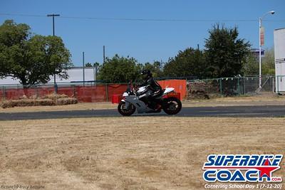 superbikecoach_corneringschool_2020_july12_GroupA_10