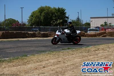 superbikecoach_corneringschool_2020_july12_GroupA_13