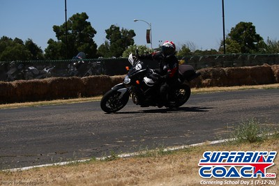 superbikecoach_corneringschool_2020_july12_GroupA_20