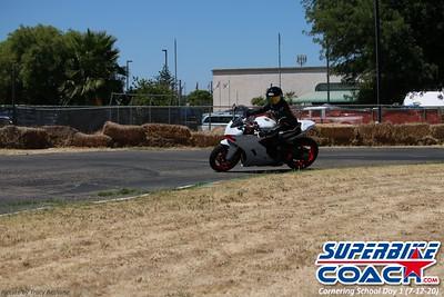 superbikecoach_corneringschool_2020_july12_GroupA_12
