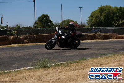 superbikecoach_corneringschool_2020_july12_GroupA_19